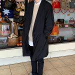 羽織るだけで書類やPCを持ち歩けるとは・・TEATORAのコートに感激!